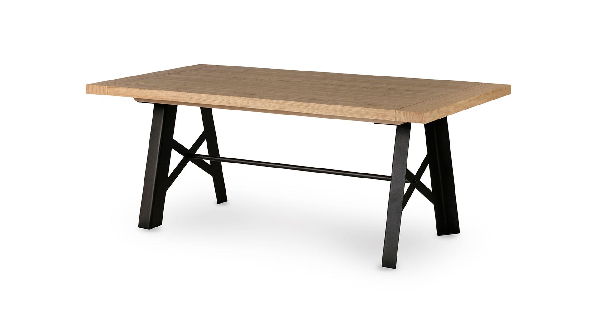 """שולחן אוכל סורנטו נפתח 200 ס""""מ בגוון אלון טבעי"""